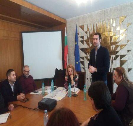 Над 40 юристи на семинар в Смолян