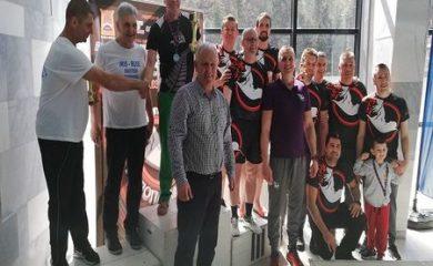 Мелемов награди победителите от Първия мастърс турнир по плуване ,,Родопа Смолян,,