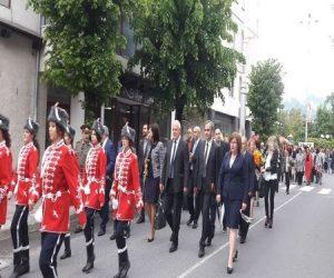 Стотици смолянчани се включиха в празнично шествие за 24 май