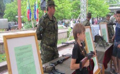 """Изключителен интерес към информационната кампания """"Бъди войник"""" в Смолян"""