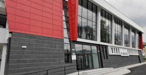 ПМГ-Смолян се сдоби с чисто нова спортна зала