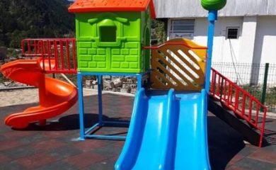 Нови детски площадки за децата на Смолян