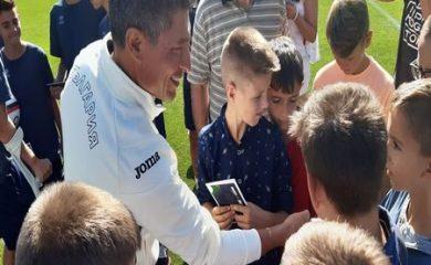 """Деца от Смолян се включиха в националната младежка програма """"Заедно за отбора"""""""
