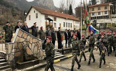 101-ви Алпийски полк в Смолян днес празнува