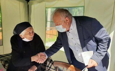 Кметът Мелемов поздрави столетничката Шина Гергьовска от Широка лъка