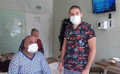 Седем млади лекари ще специализират в смолянската болница