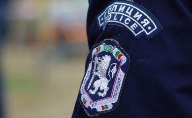 Задържаха 41-годишен мъж за кражба на пари от магазин в село Арда