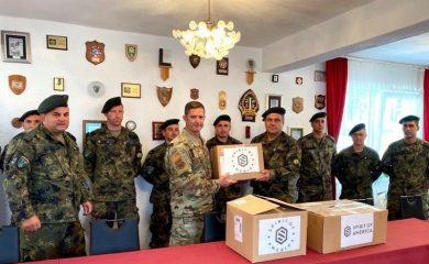 101-ви алпийски полк в Смолян получи дарение от Америка