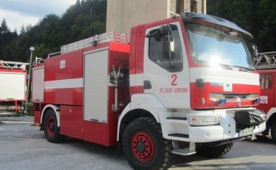 Пожарната: Абсолютно е забранено паленето на сухи клони, стърнища и отпадъци