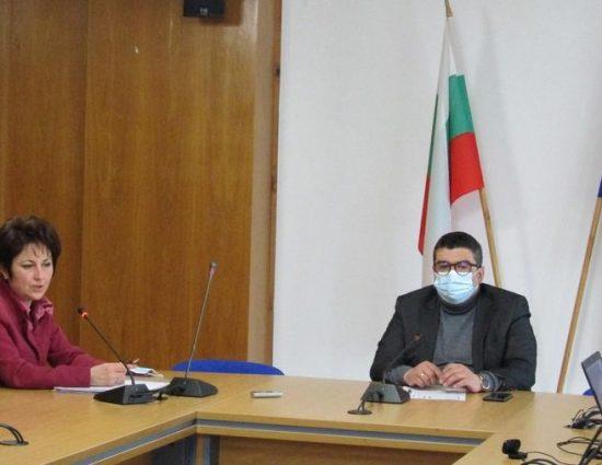 Намаляват случаите на коронавирус в област Смолян