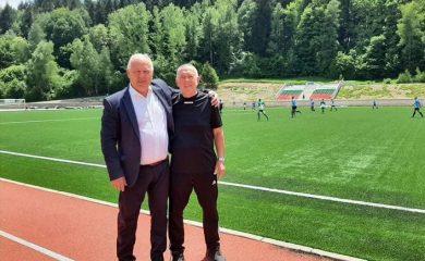Звезделин Чаушев: От 50 години сме нямали такава база, съблекални, стадиони и спортни площадки