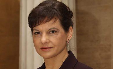 Дариткова се отказва само от участие на предстоящите избори
